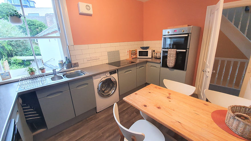 Holiday in Weymouth - Kitchen